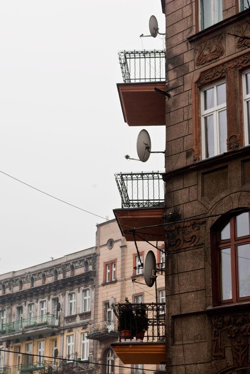 Anteny na rogu Katowickiej i Piastów Bytomskich