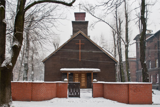 Drewniany kościółek na Bobrku