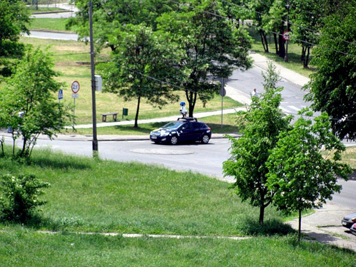 Samochód Google na ul. Nickla